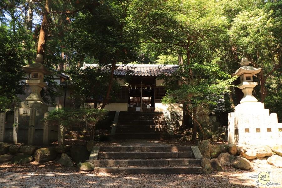 当麻山口神社