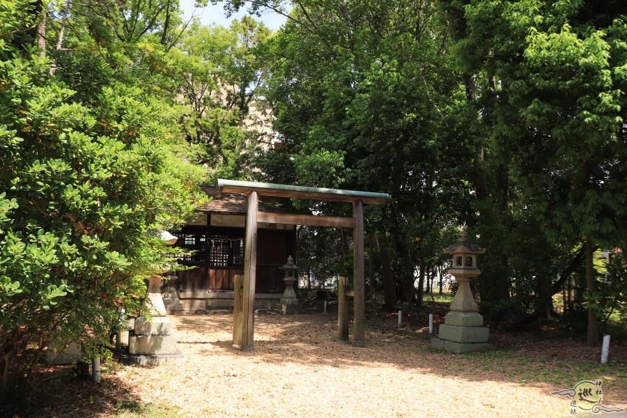 高市御県神社