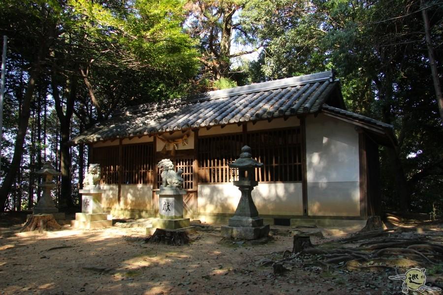 巨勢山座岩椋神社