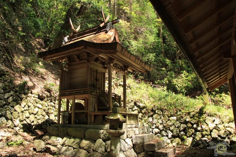高天岸野神社